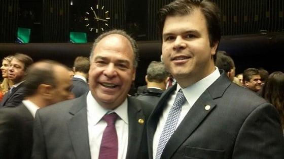 Pai e filho são alvos de Operação da Polícia Federal; Fernando Bezerra é líder do Governo no Congresso