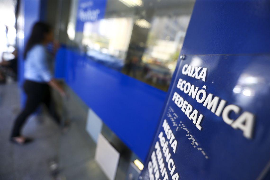 Caixa abre agências neste sábado para pagamento dos não correntistas nascidos em fevereiro e março