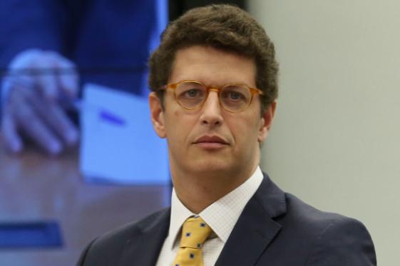"""Em Pernambuco, Ricardo Salles diz que """"não vai gastar um minuto com polêmica"""""""