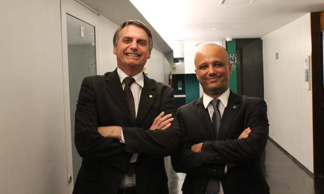 """""""A gente fica preocupado com efeitos nas votações"""", diz Major Vitor Hugo sobre crise no PSL"""