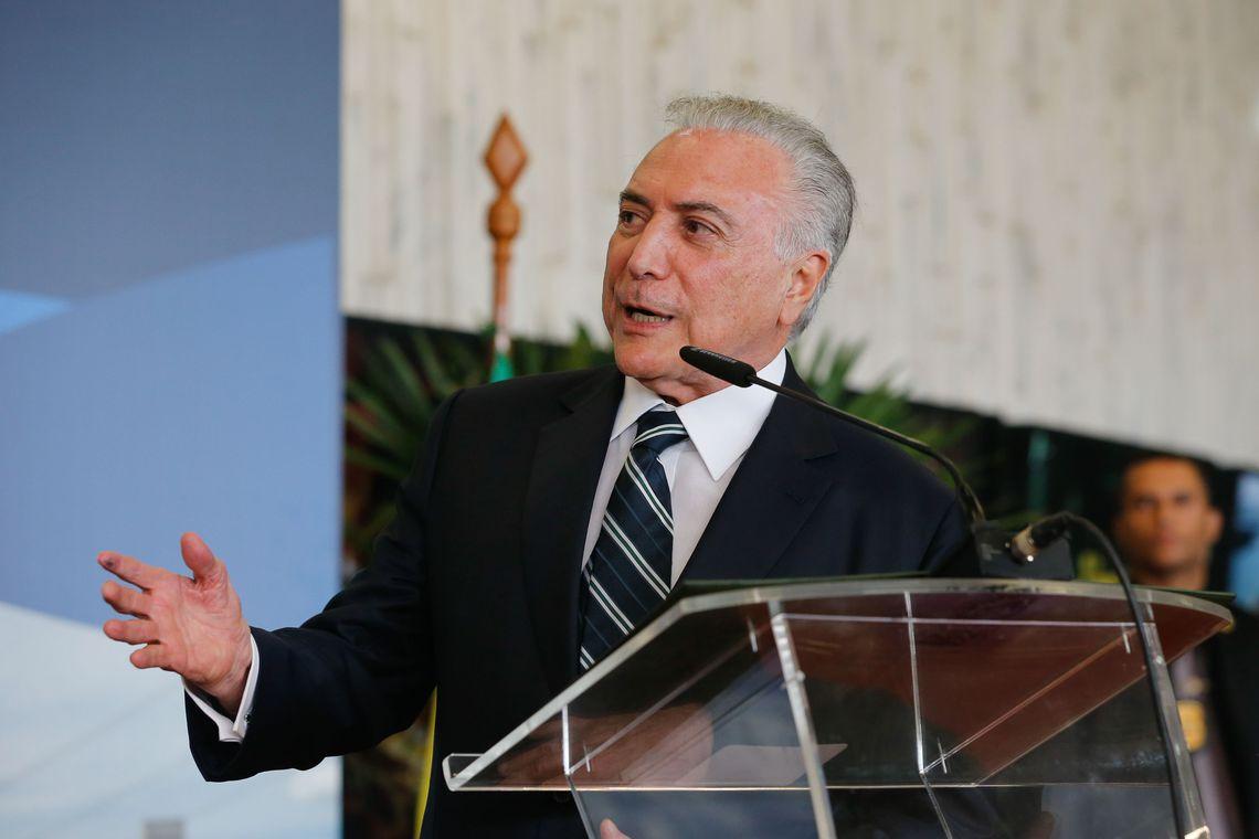 """Ex-presidente Temer diz que impeachment virou """"moda"""" e avisa: """"É preciso tomar cuidado"""""""