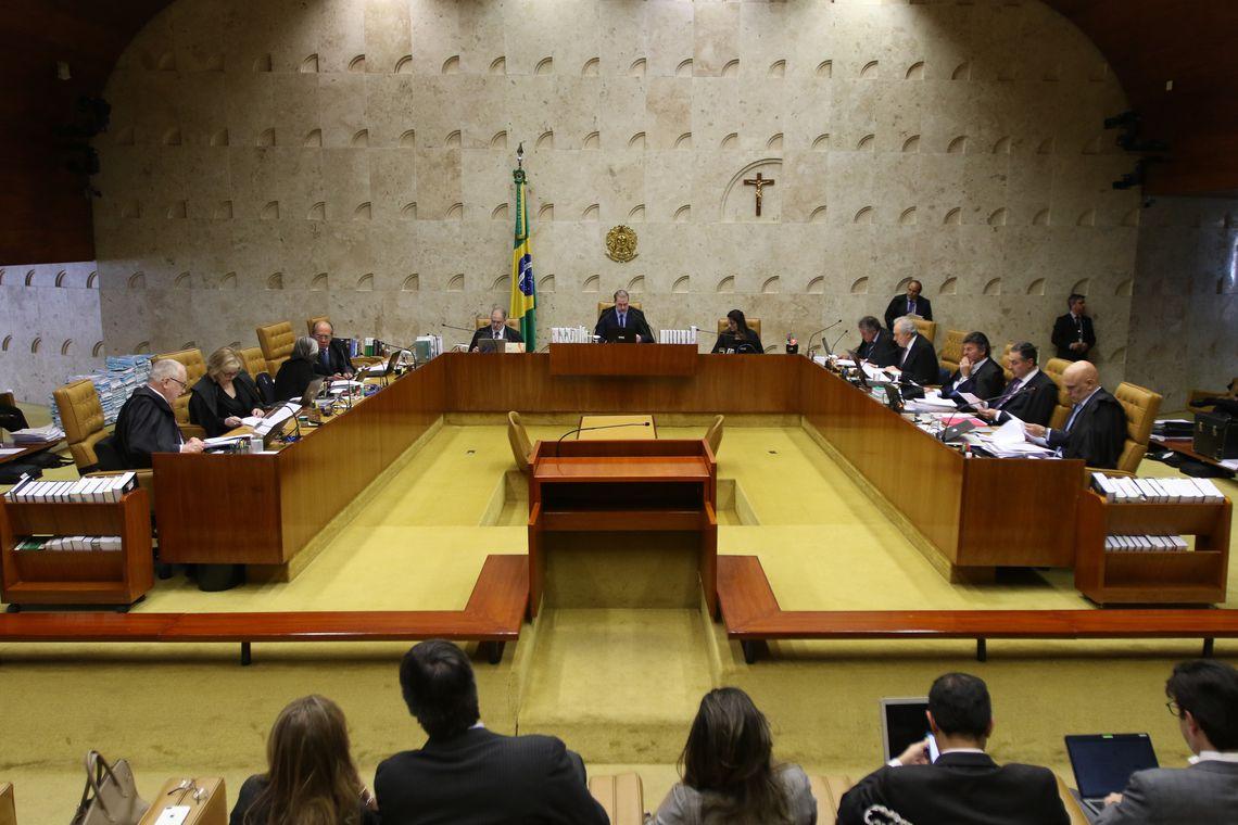 STF suspende trecho de decreto de Bolsonaro