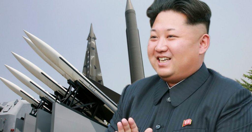 """EUA: """"presente"""" da Coreia do Norte pode ser míssil de longo alcance"""