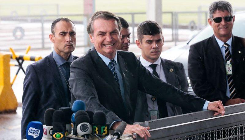 Bolsonaro diz que seguirá com Mourão como vice nas eleições de 2022