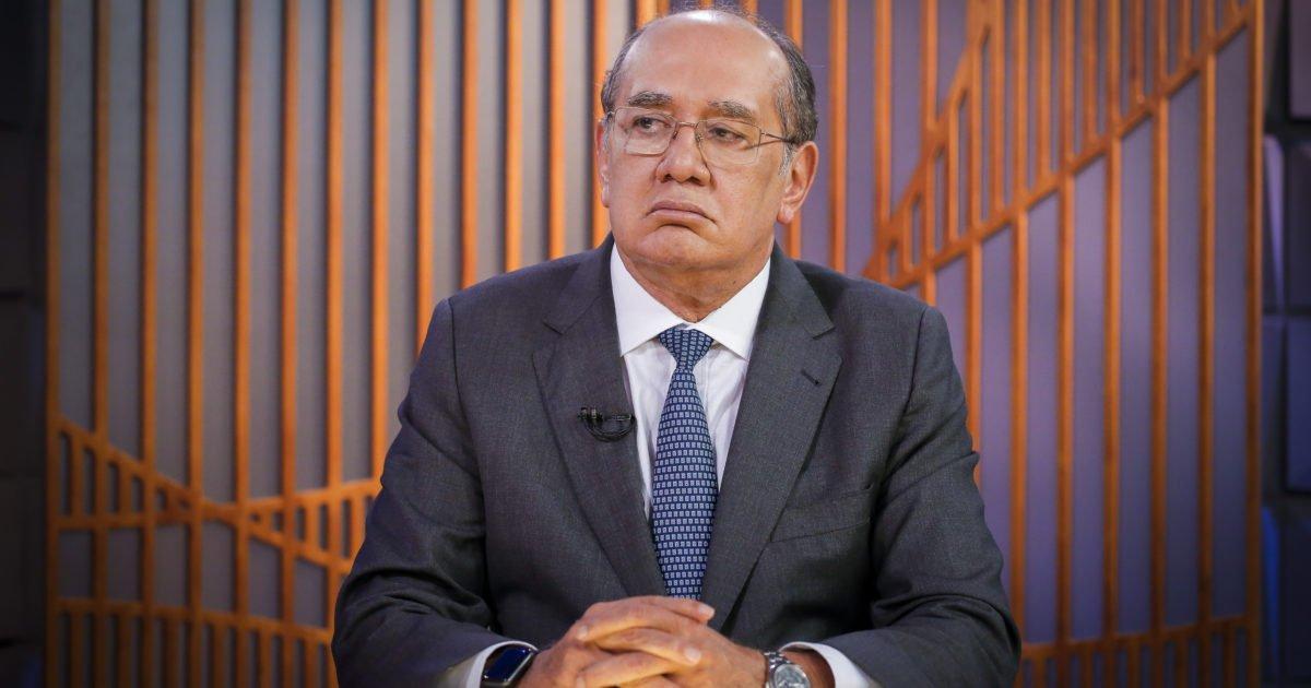 Ministro Gilmar Mendes se desculpa após falar palavrão em live