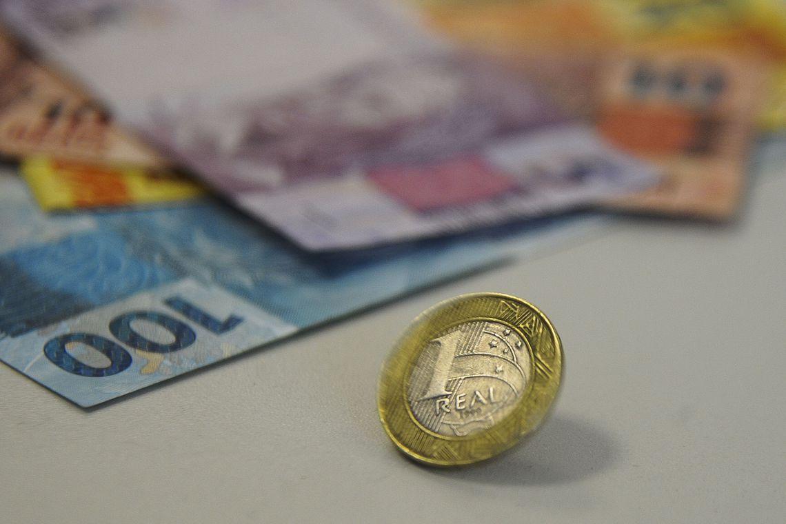Novo reajuste do salário mínimo pode ter impacto de R$ 2,13 bi no Orçamento do Governo