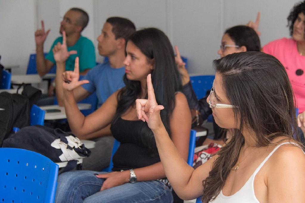 Prefeitura do Paulista oferece curso de Libras gratuito para população; inscrições vão até 12 de fevereiro