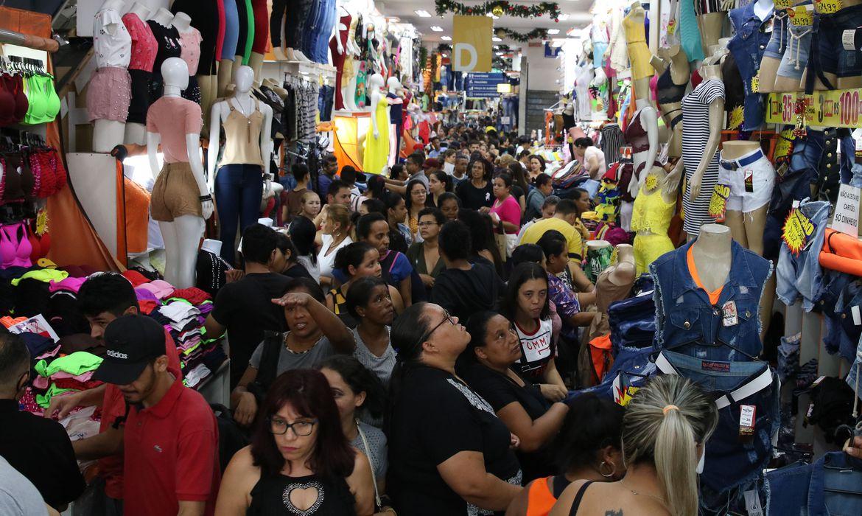 Comércio varejista fecha 2019 com alta de 1,8% nas vendas