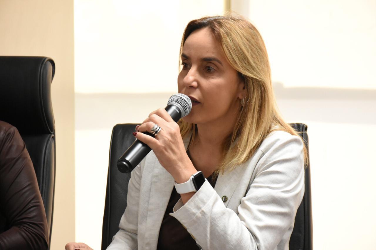 Alessandra Vieira propõe criação de cartilha para cuidadores de pessoas com Alzheimer