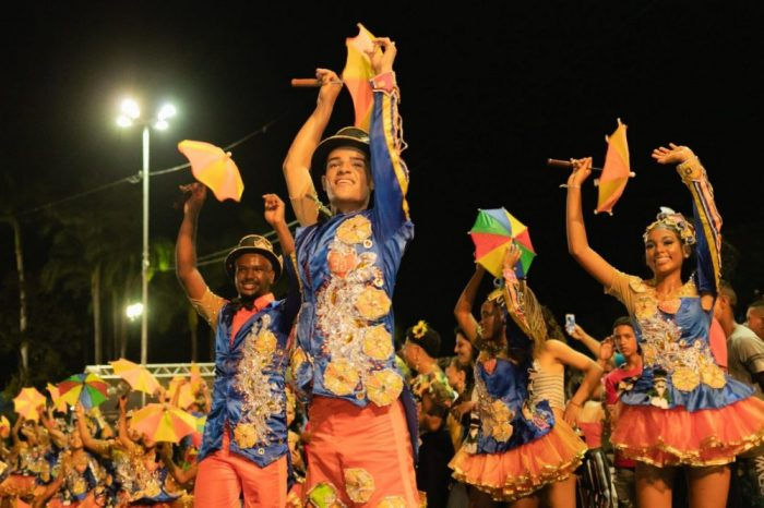 Carnaval de Olinda vai até a quarta-feira de cinzas com Lenine e Nação Zumbi