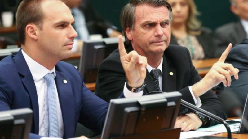 """Eduardo Bolsonaro diz que """"o melhor é o Aliança não estar pronto para as eleições deste ano"""""""