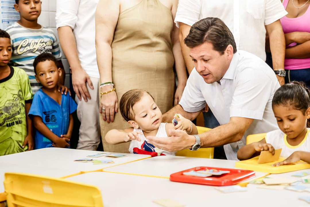 Prefeito Geraldo Julio entrega Creche-Escola no Alto do Mandu que receberá 150 crianças de 1 a 5 anos