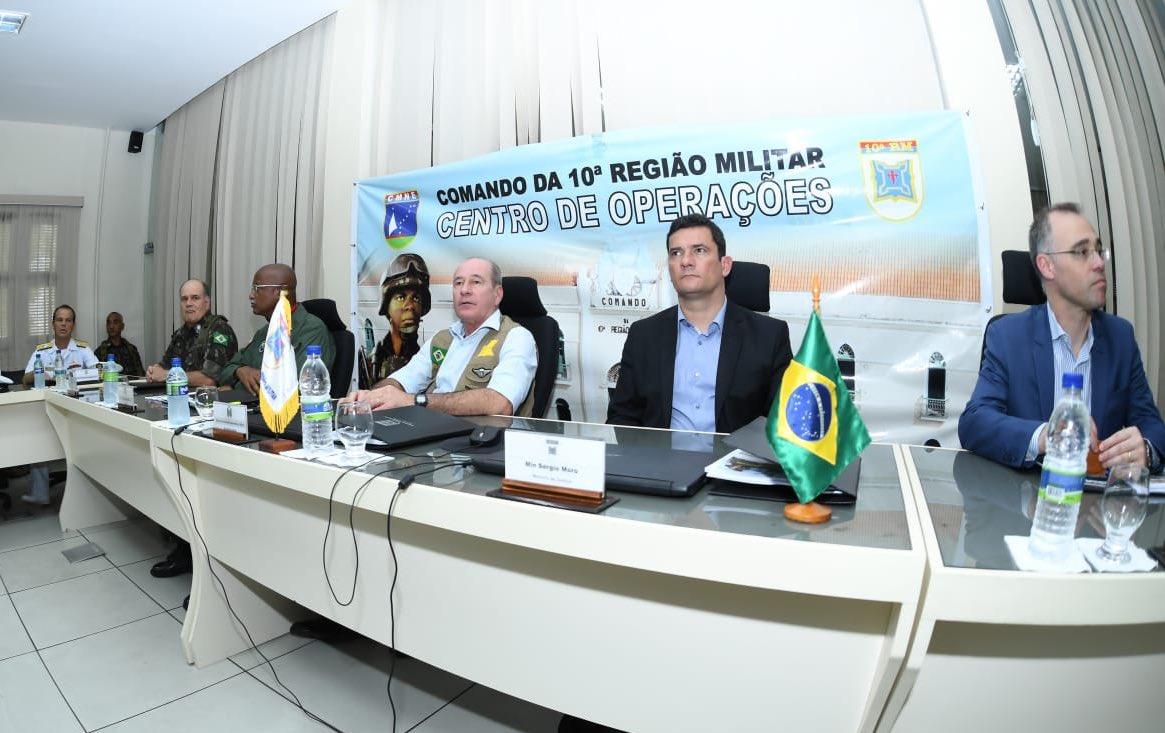 Em visita ao Ceará, Moro diz que situação está sob controle no Estado
