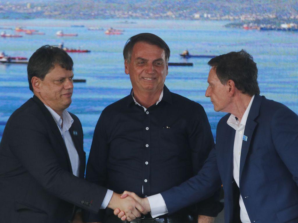 Bolsonaro inaugura alça que liga Ponte Rio-Niterói à Linha Vermelha