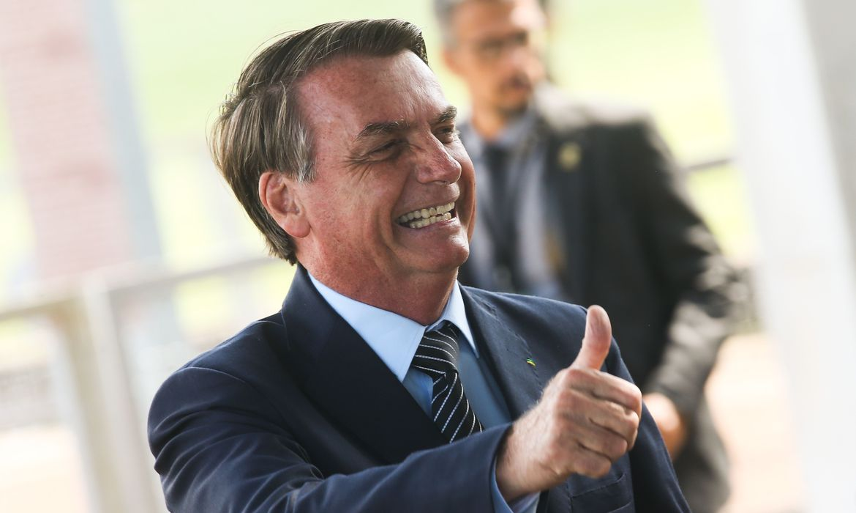 Bolsonaro ironiza Witzel: 'brevemente vocês já sabem onde ele deve estar'