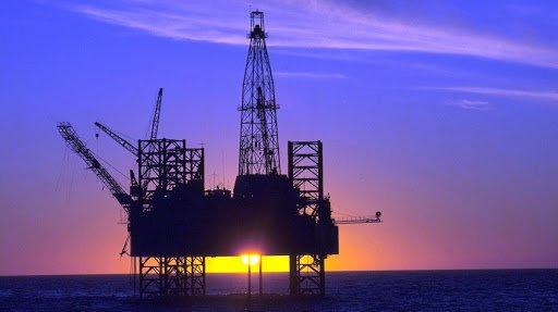 preço do litro da gasolina vendida nas refinarias às empresas distribuidoras foi reajustado em 4% pela Petrobras. O novo valor foi anunciado pela estatal na terça-feira (22).