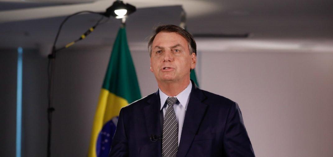 """Não há pânico"", diz Bolsonaro sobre avanço do Coronavírus no país"