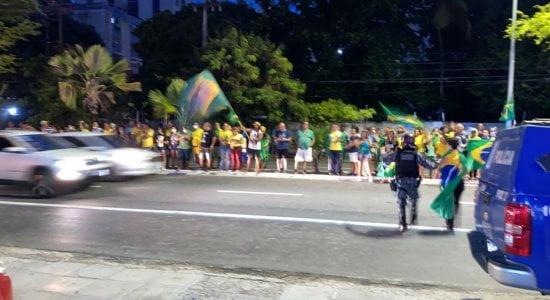 Polícia Civil esclarece detenção de manifestantes em ato pró-Bolsonaro, no Recife