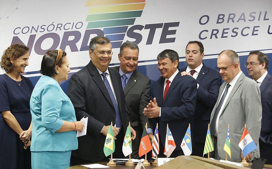 Bolsonaro e governadores do Norte e Nordeste fazem reunião por videoconferência