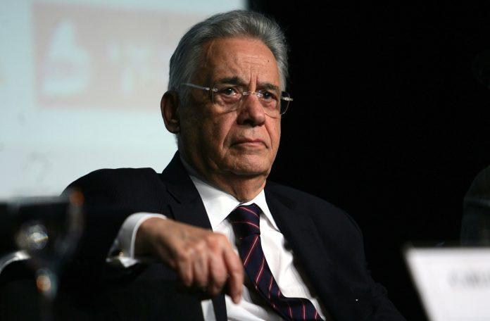FHC pede a Bolsonaro para ficar quieto ou pensar nas consequências do que diz