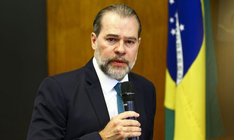 Ministro Dias Toffoli nega pedido para afastar Moraes da relatoria de inquérito