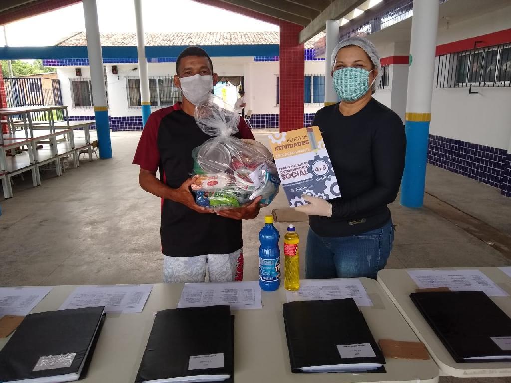 paulista entrega cestas básicas
