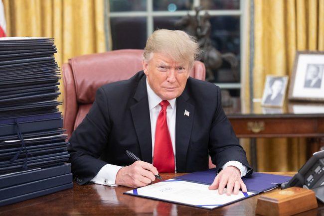 Trump garante retorno épico da economia nos EUA