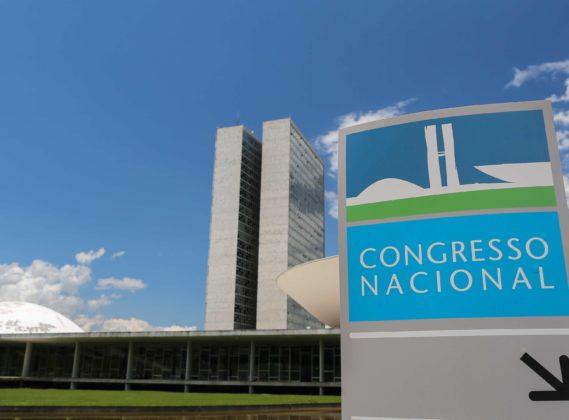 Em acordo firmado no STF, União quer pagar dívida de R$ 81 bi aos Estados para aliviar crise
