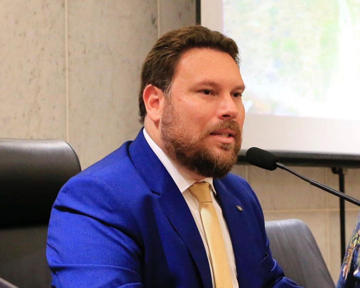 """Wanderson Florêncio: """"Lockdown é o retrato da falta de gestão em Pernambuco e no Recife no combate à Covid-19"""""""