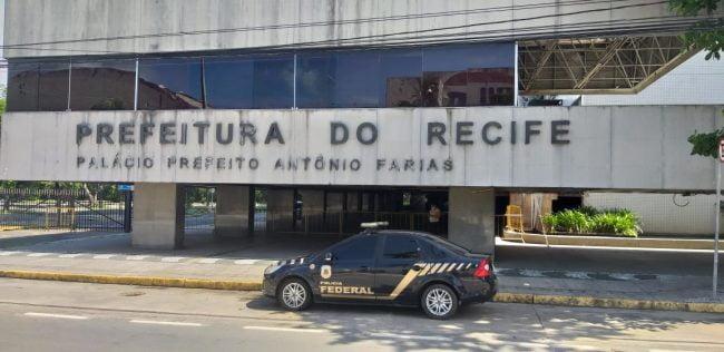 Polícia Federal na sede da PCR.