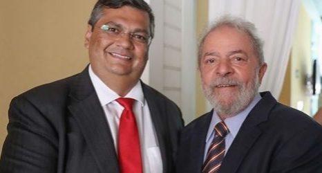 """""""Deveria fazer algo de útil e não ficar passeando de jet ski"""", rebate Dino após Bolsonaro fazer crítica"""