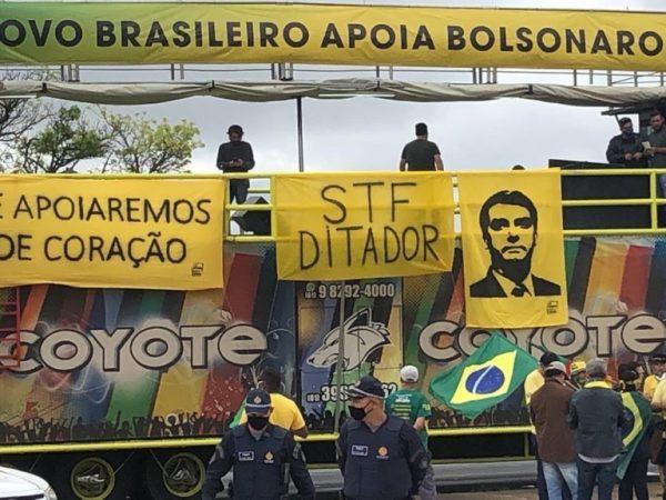 No Distrito Federal, manifestantes vão às ruas em favor de Bolsonaro e contra o STF