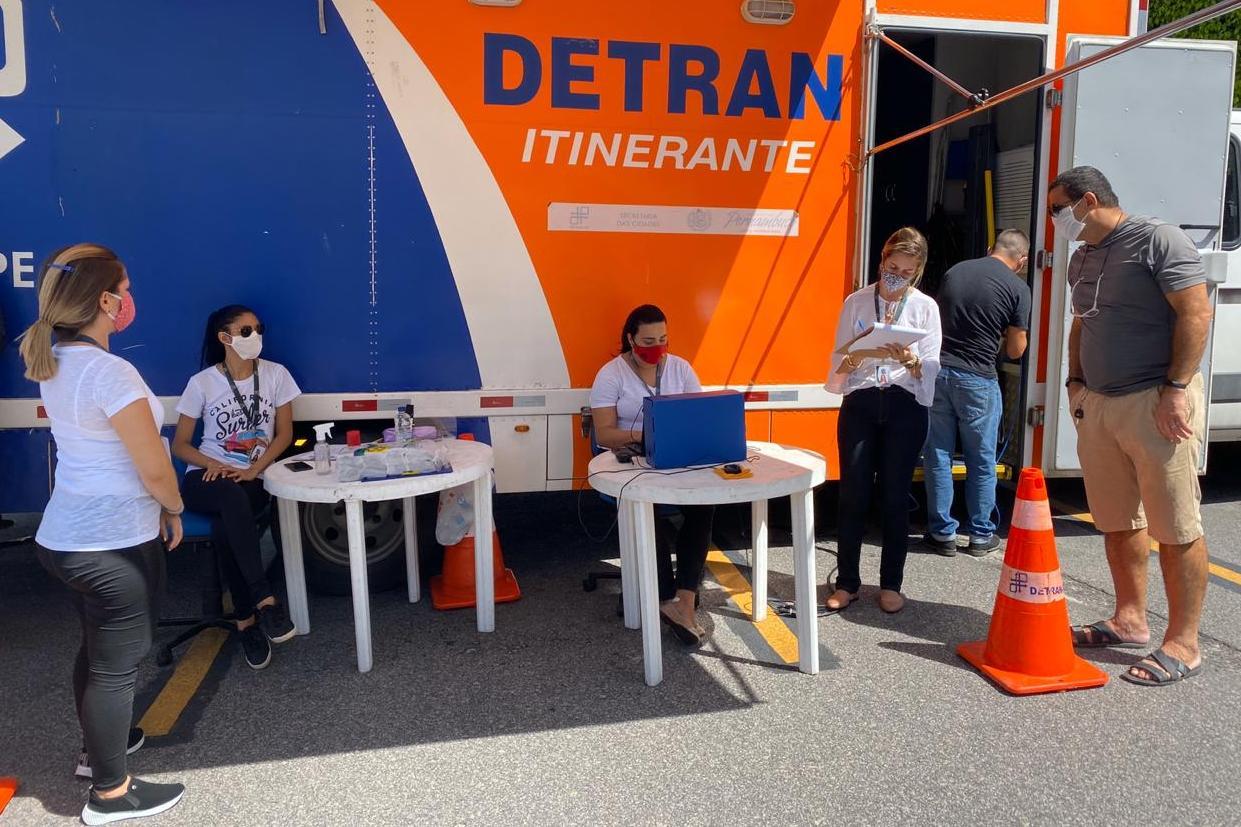 Entrega de documentos no sistema Drive-Thru será ofertado pelo DETRAN