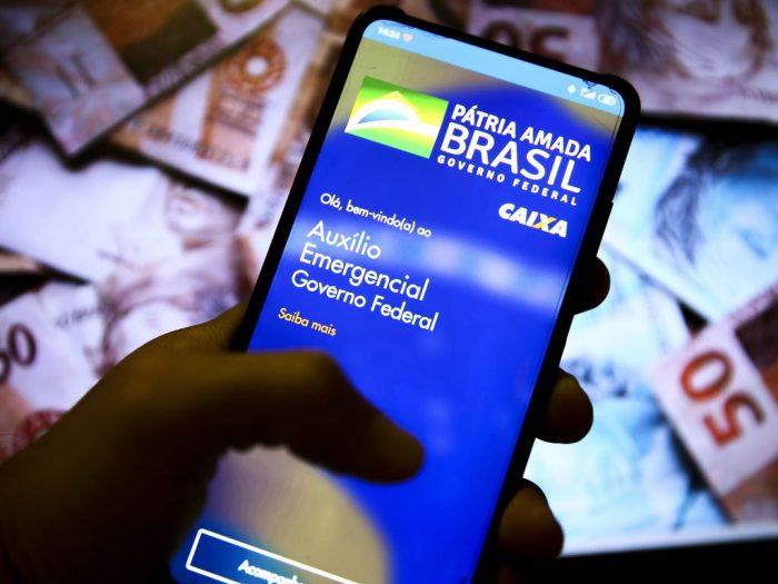 Caixa paga nesta quinta auxílio emergencial para 3,7 milhões de brasileiros