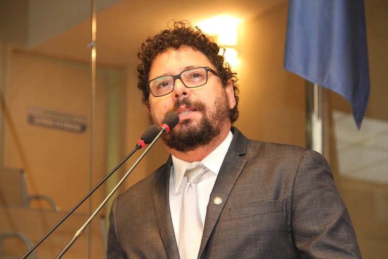 """Ivan Moraes: """"Candidatura de Marília e de Túlio podem aglutinar frente de esquerda no Recife"""""""