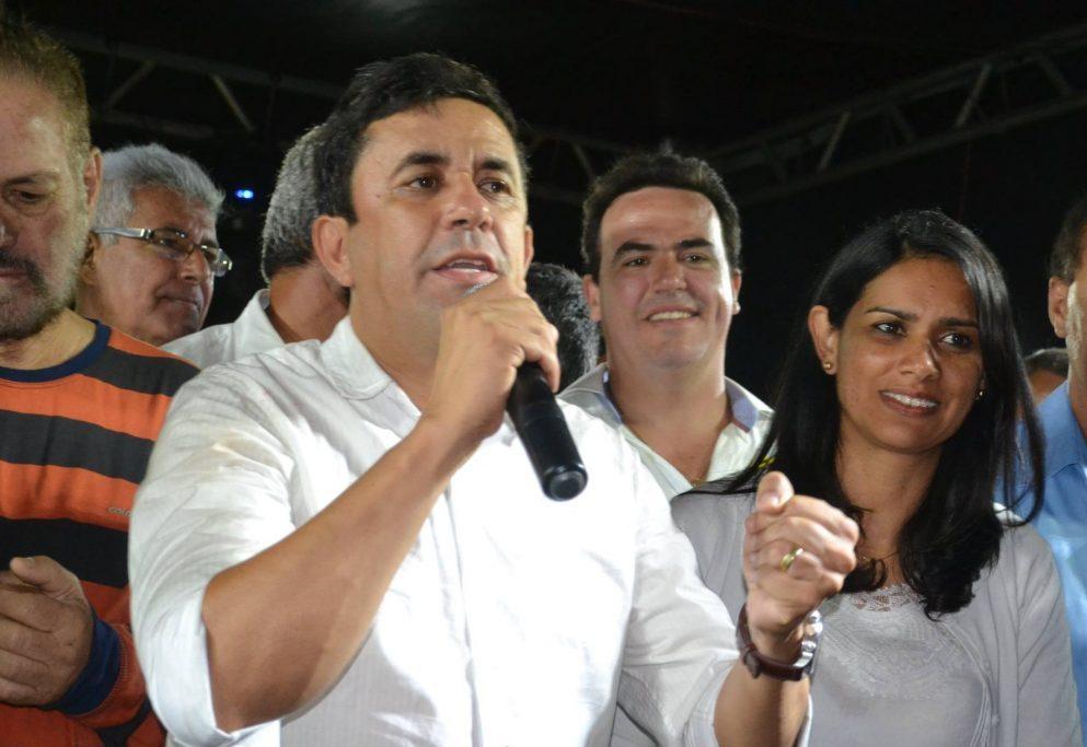 Prefeito de Sanharó deve anular licitação com escritório de advocacia, recomenda Ministério Público