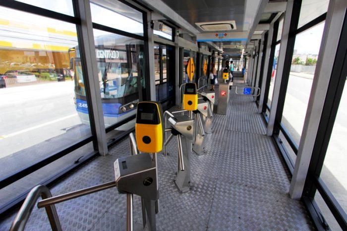 Nova estação de BRT na Avenida Conde da Boa Vista, será aberta ao público neste sábado.