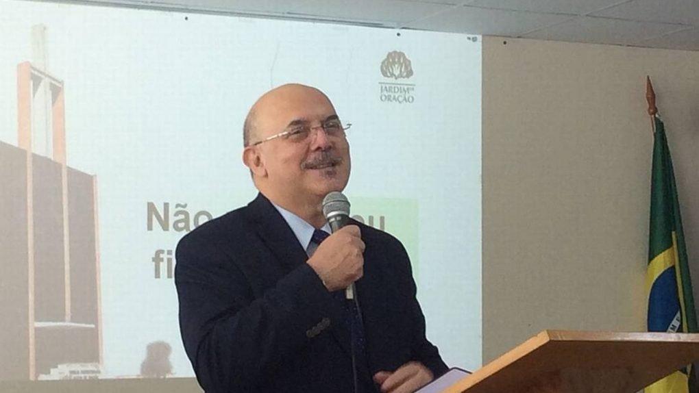Bolsonaro escolhe por Pastor Milton Ribeiro para o Ministério da Educação
