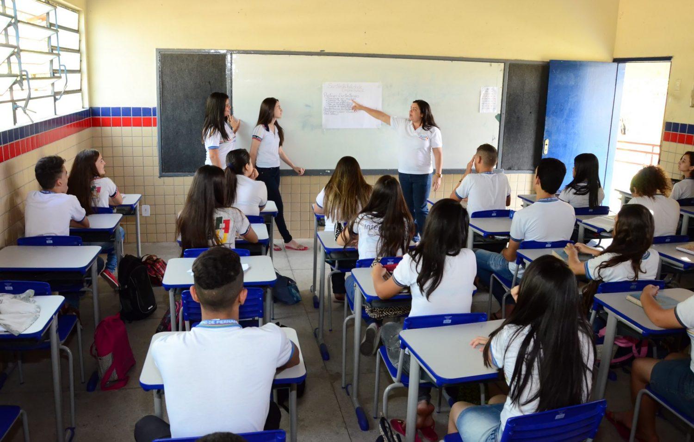 Governo de Pernambuco decide retorno de aulas presenciais no dia 6 de outubro