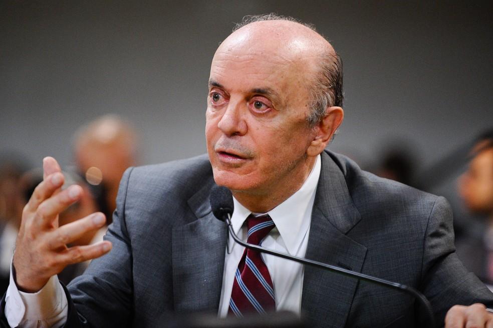 Prima de José Serra também teria feito transação com operador financeiro do senador
