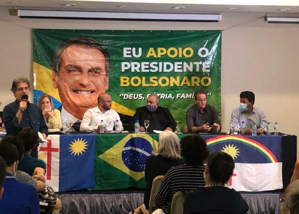 """""""Vamos acabar com a indústria das multas"""", disse Mendonça em debate promovido pela Direita no Recife"""