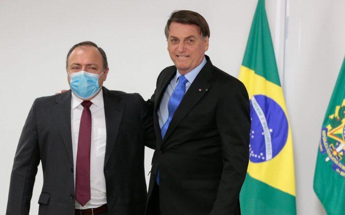 Bolsonaro vai efetivar Pazuello no Ministério da Saúde na próxima semana