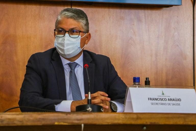 Secretário de Saúde do DF é preso em operação que investiga irregularidades em compras de testes para Covid-19 no Estado