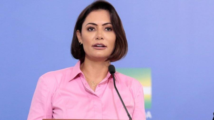 Michelle Bolsonaro pede a proibição de música de Tico Santa Cruz