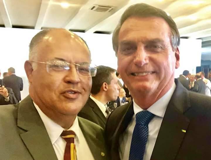 """""""Quanto mais bate, mais cresce. Se a eleição fosse hoje, ganharia tranquilamente"""", diz Pastor Eurico sobre Bolsonaro"""