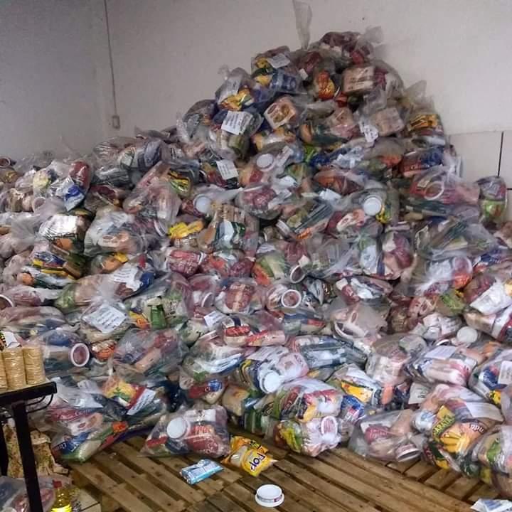 Atual gestão do Paulista encontra desperdício de milhares de kits de merenda escolar abandonados