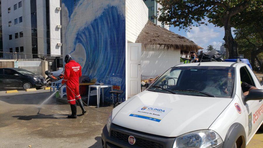 Secretaria de Saúde de Olinda faz higienização contra o coronavírus em pontos da cidade