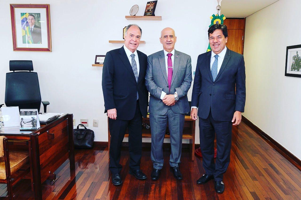 Mendonça pediu ao ministro general Ramos apoio do Governo Bolsonaro a projetos para o Recife
