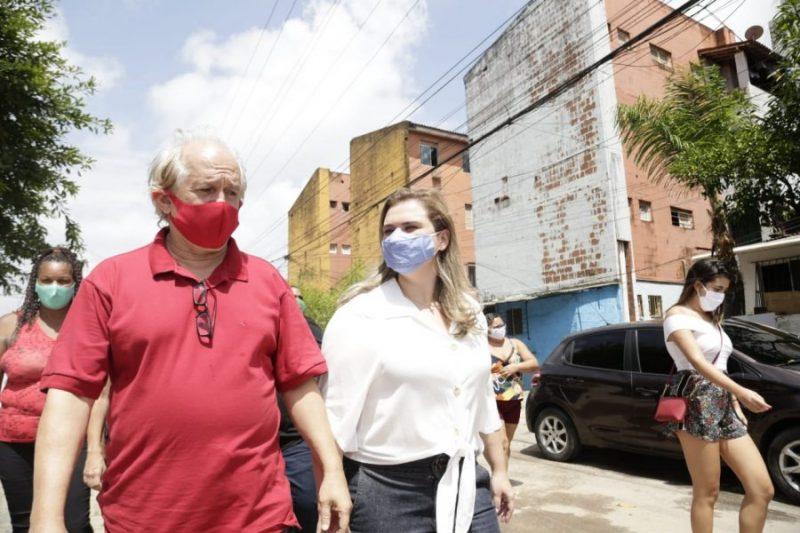 Marília e Jairo Britto visitam Habitacional do Cordeiro e reforçam a necessidade de investimento em moradia popular