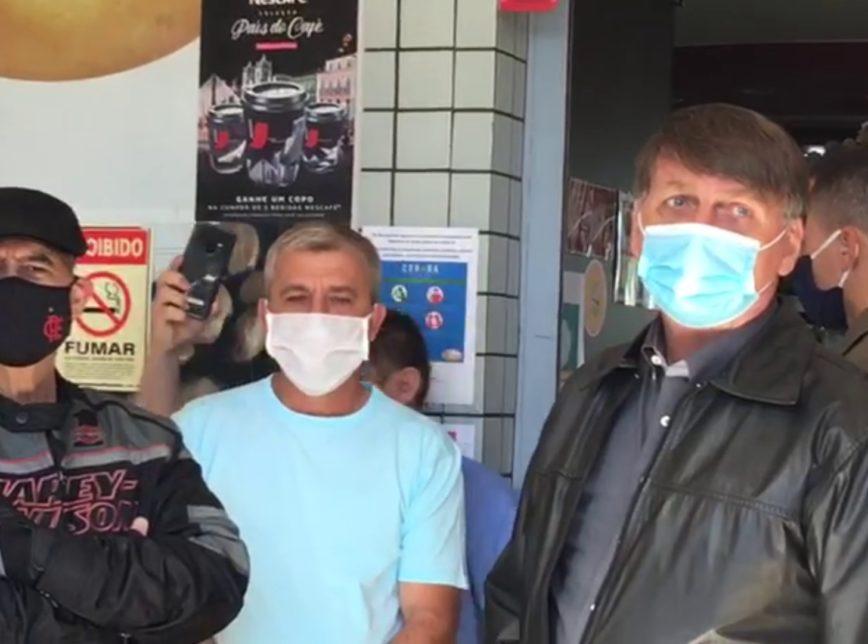 """""""Quebraram os Estados"""", disse Bolsonaro se referindo a atuação dos governadores na pandemia"""